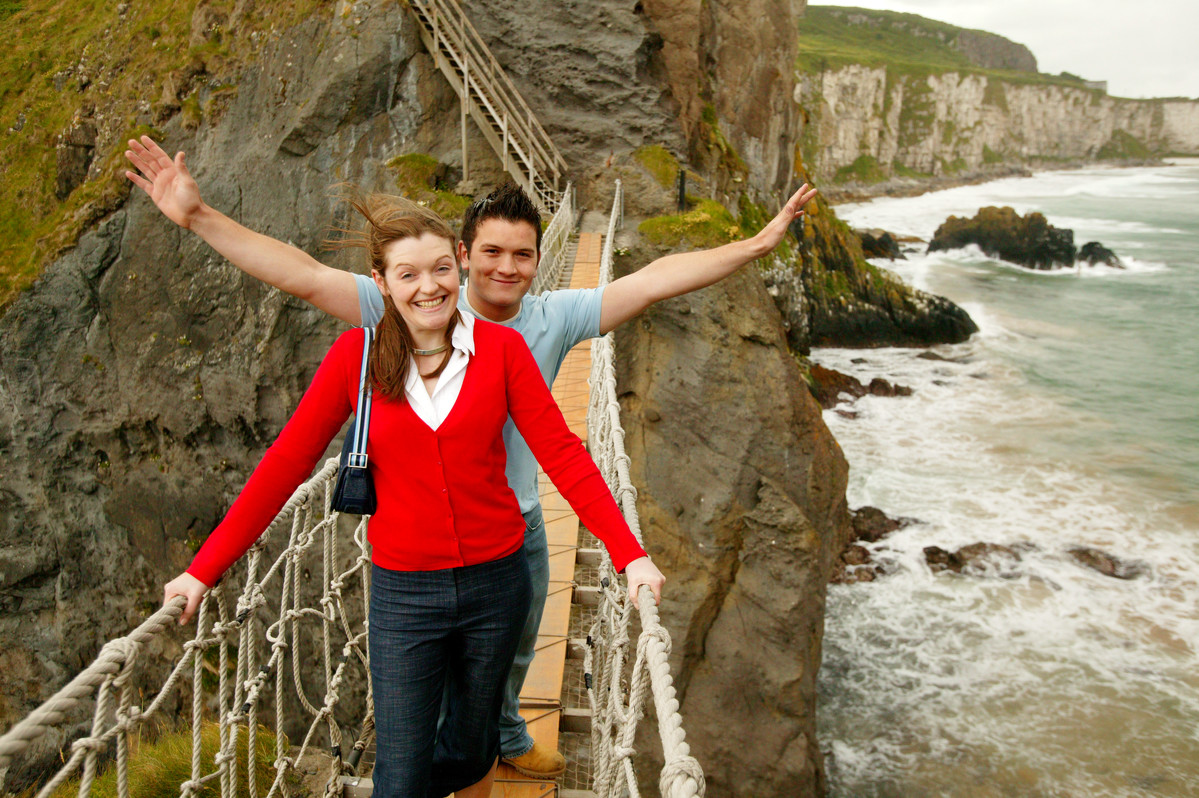 17443_Carrick-a-rede Rope Bridge